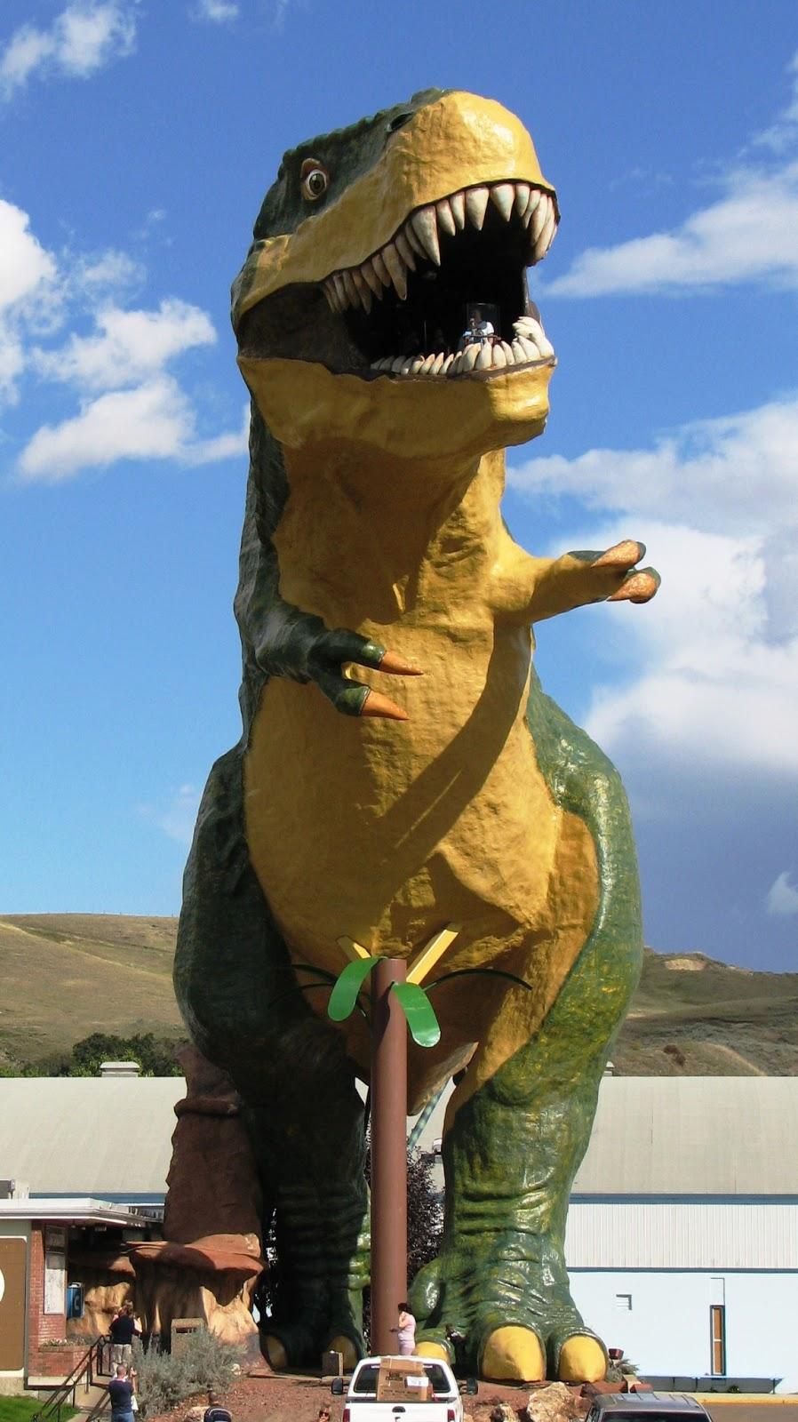 003 - World's Largest Dinosaur