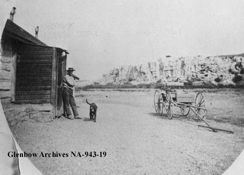 Vintage Photographs From Writing-On-Stone (Áísínai'pi)
