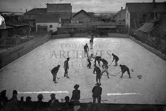 1906 - A10498 - Pincher Creek Hockey, Bartenders 4, Wanderers 9