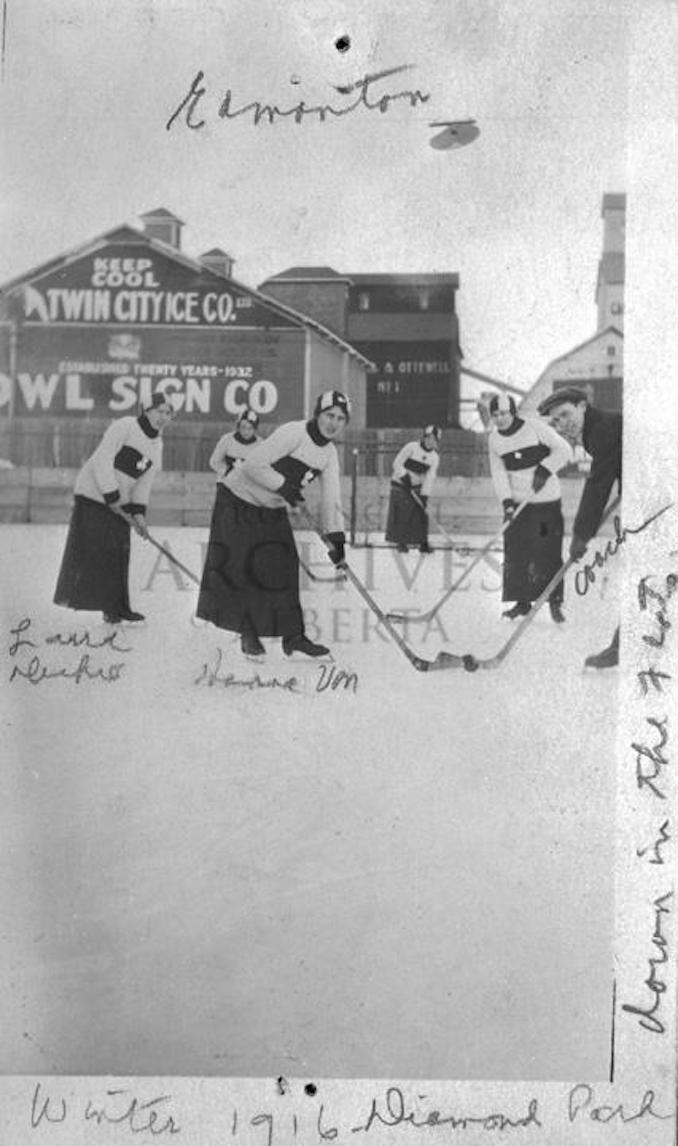 1916 - A2972 - Team photograph of women's team at Diamond Park in Edmonton, Alberta