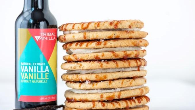 Vanilla Oatmeal Cookie Sandwiches