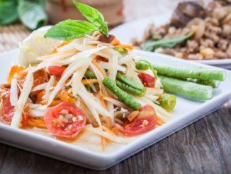 R00540-Som-Tum-(Green-Papaya-Salad)
