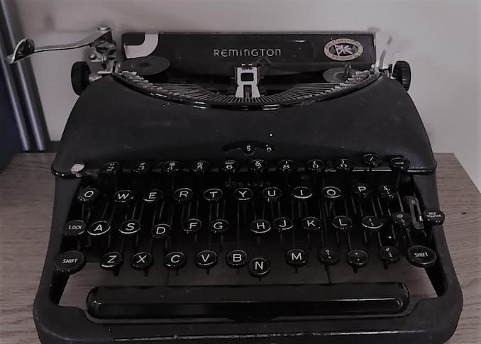 My Remington Model 5 portable typewriter, ca. 1930.