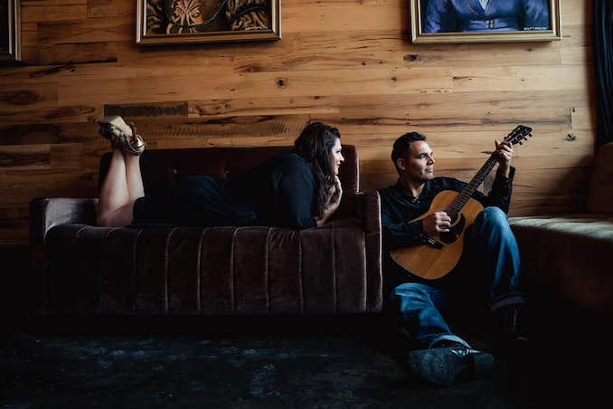 """""""Five Minutes With"""" Country Musician Scarlet Butler"""